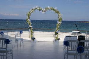 Cérémonie de mariage au bord de la mer